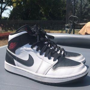 Jordan Shoes - Air Jordan 1 Reverse Black Toe